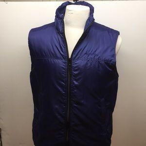 Orvis Primaloft vest in purple size Medium
